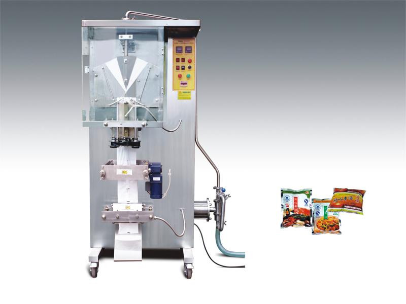Liquid Pouch Bagging Filling Machine